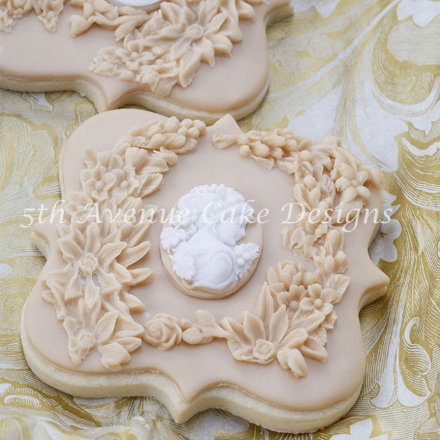 Bas relief cookie design by Bobbie Bakes