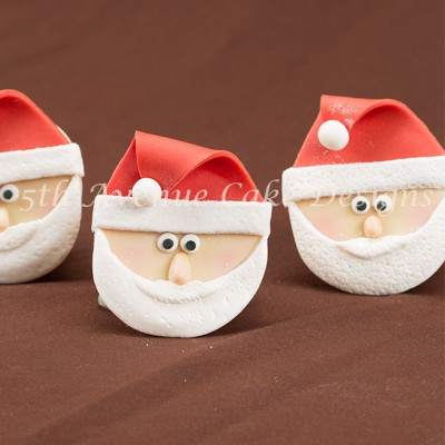 Sculpted Santa Claus Cupcakes by Bobbie Noto