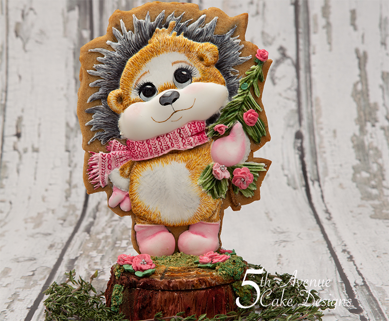 Helen the Valentine HedgeHog on a Tree Trunk Cookie Box Course